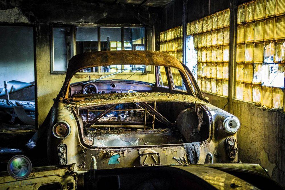 LightLens-cmentarzyska-samochodow-warszawa-64