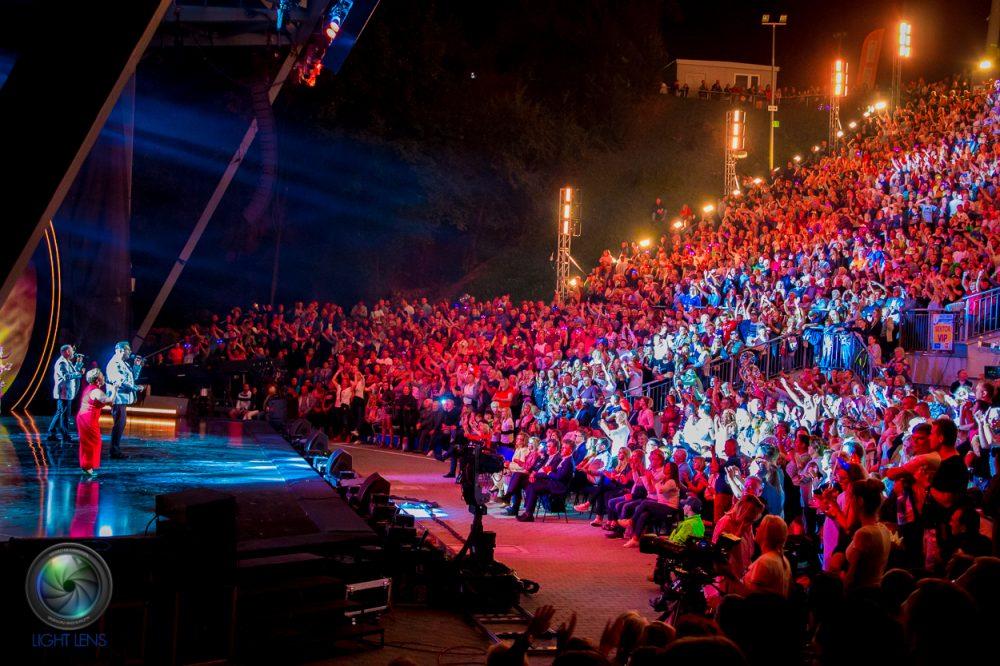 Festiwal-Muzyki-Tanecznej-Kielce-kadzielnia-2018-light-lens (101)